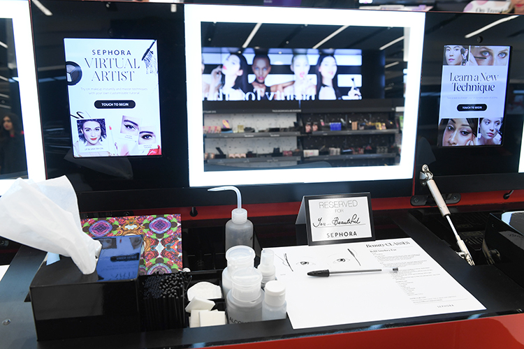 Sephora Opens Canada's First Beauty TIP Workshop