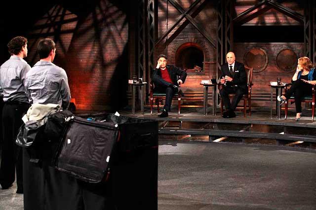 Dragon's-Den-Rise-Luggage-1-Array-Marketing
