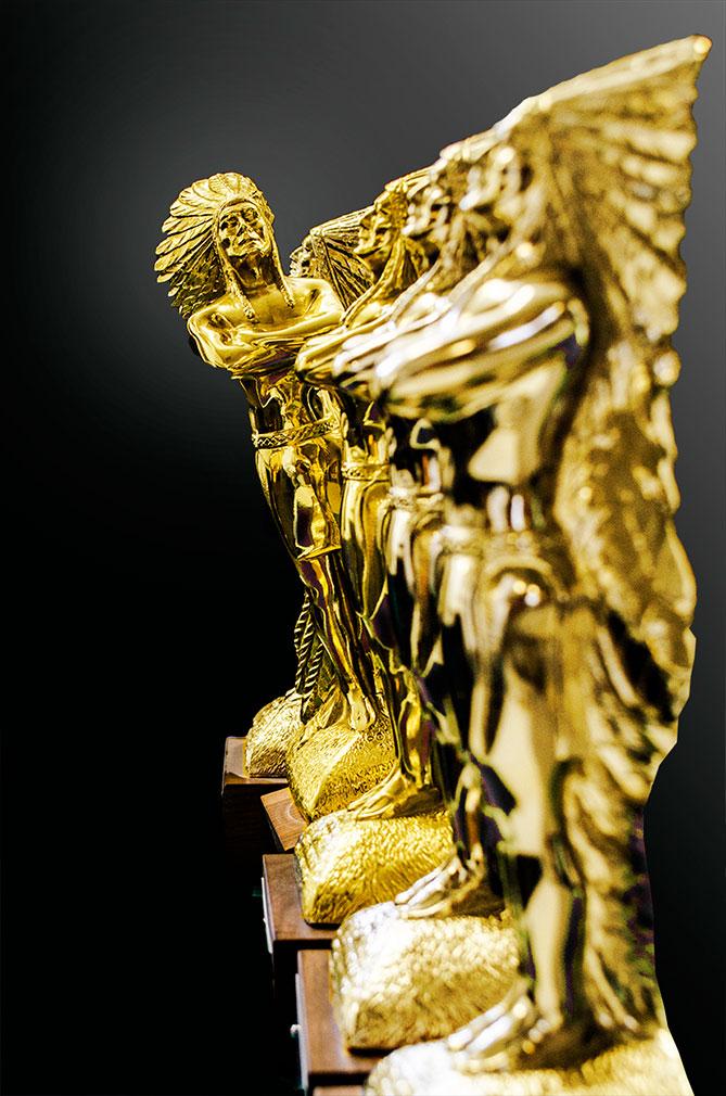 2016 OMA Statuette